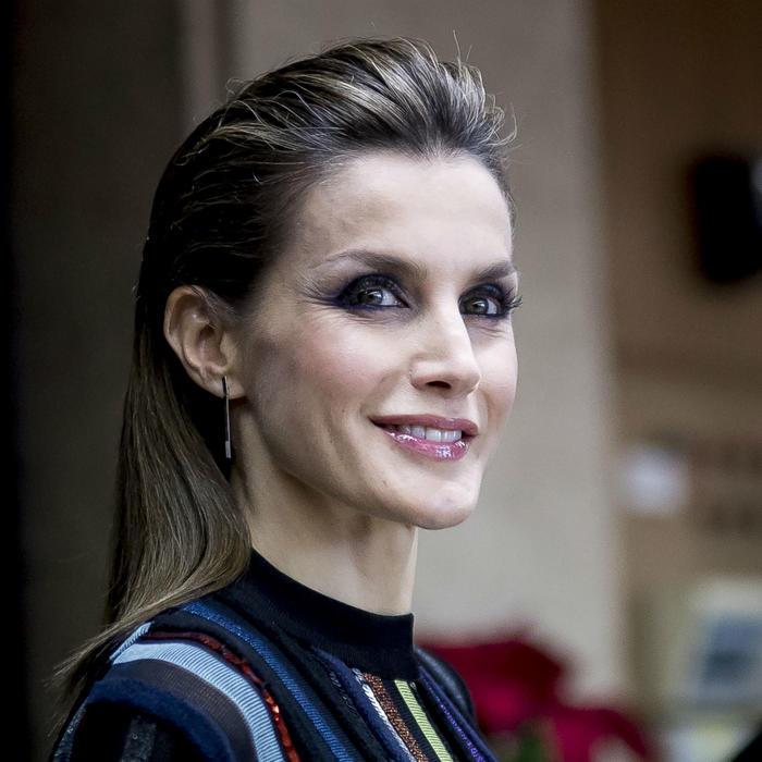 Reina Letizia de España con wet look