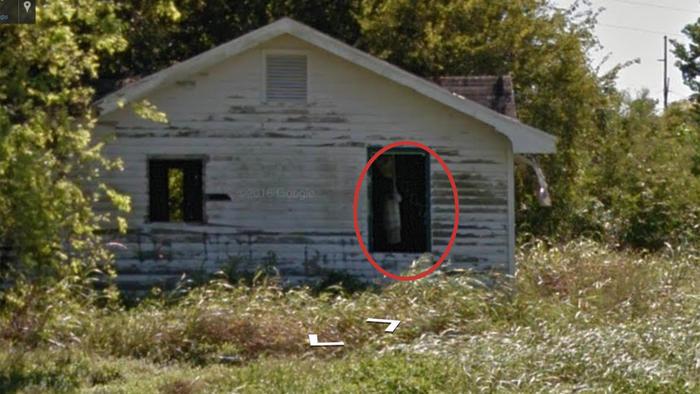 Casa Abandonada Maps