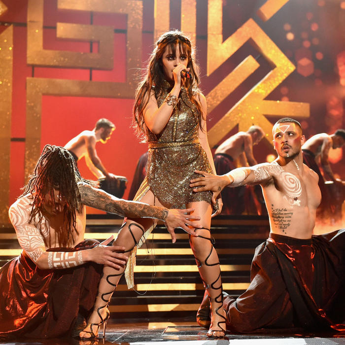 Camila Cabello en los Billboard Music Awards 2017