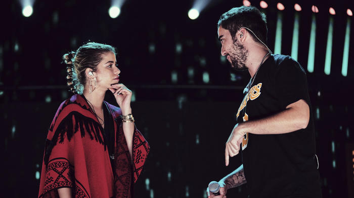 Sofía Reyes and Beretduring rehearsalsat the Latin American Music Awards 2019.