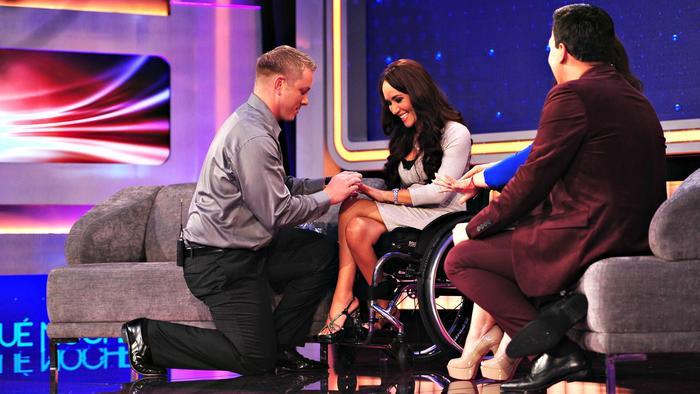 Tamara Mena recibe una propuesta de matrimonio en Que Noche