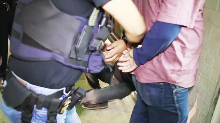 inmigracion realiza arrestos