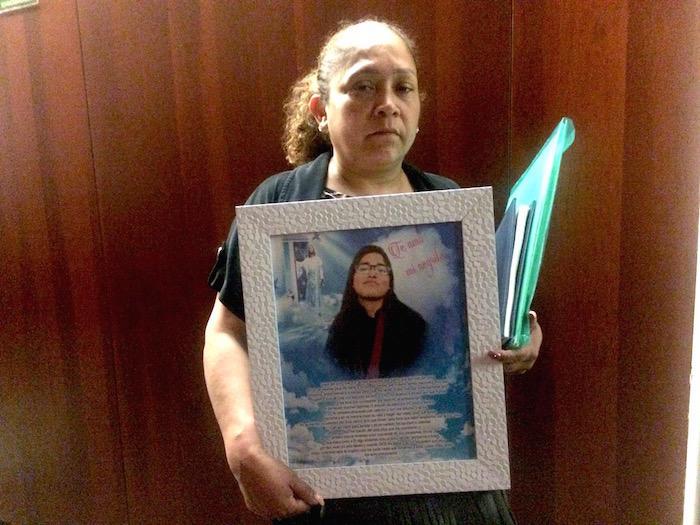 Claudia Fernández exige justicia para su hija