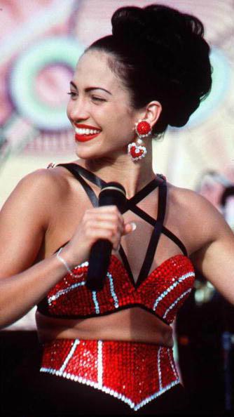Jennifer Lopez, en el papel de Selena en 1997