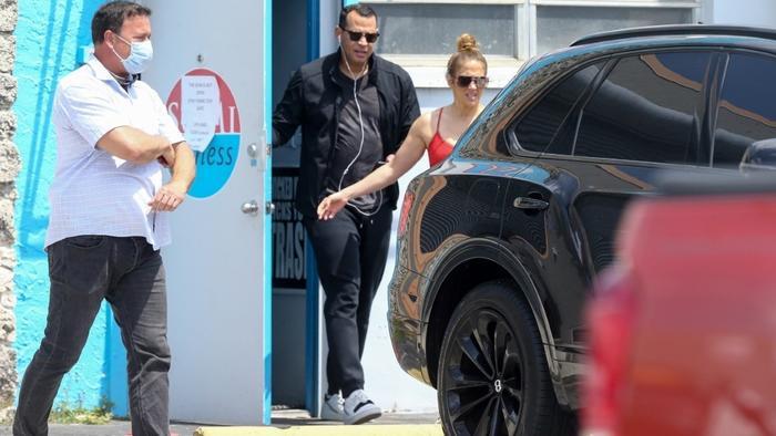 Jennifer Lopez y Alex Rodriguez en el gimnasio