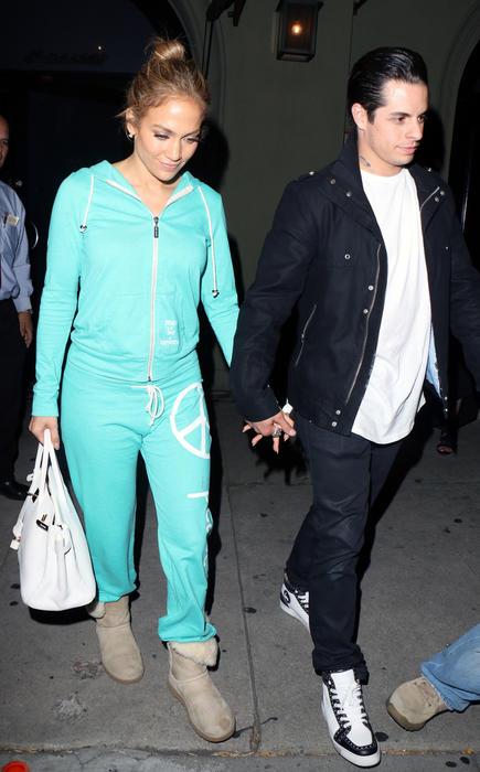 Jennifer Lopez y Casper Smart en West Hollywood.