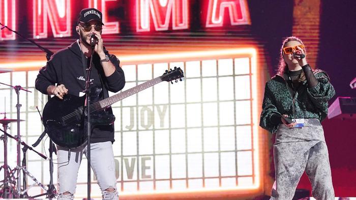 Jesse & Joy en los ensayos de los Premios Billboard 2020
