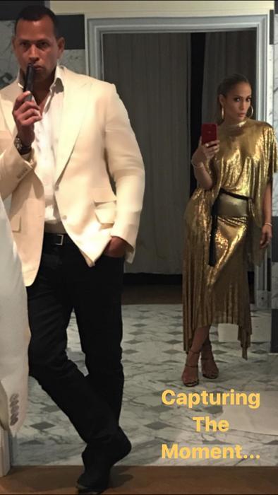 JLo durante sus vacaciones en París con A Rod