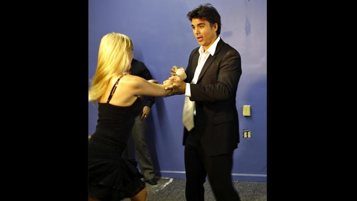 Jorge Luis pila Bailando salsa