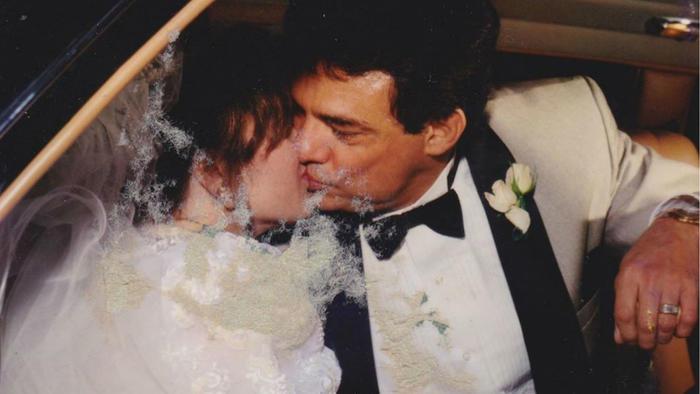José José y Sara Salazar en su boda