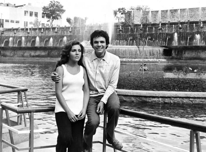José José y Verónica Castro