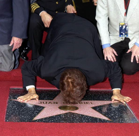 Juan Gabriel es honrado en Los Angeles con su estrella