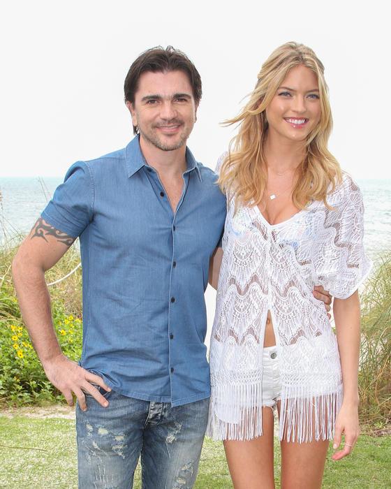 Juanes y Martha Hunt en el especial de victorias secret
