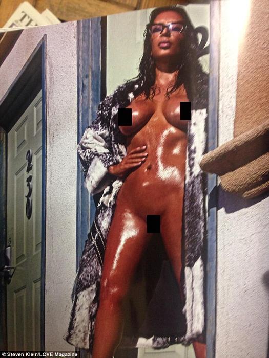 Kim Kardashian desnuda para la revista love