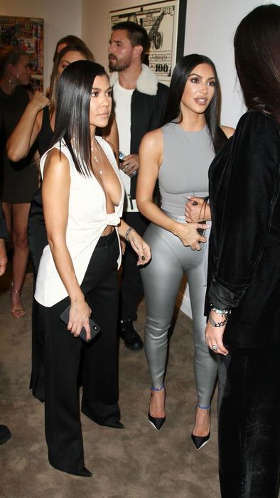 Kourtney y Kim Kardashian se encontraron con Scott Disick