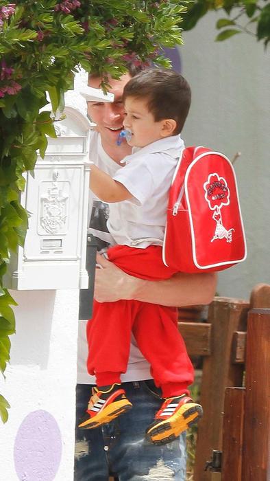 Leo Messi y Thiago en la guardería en Barcelona