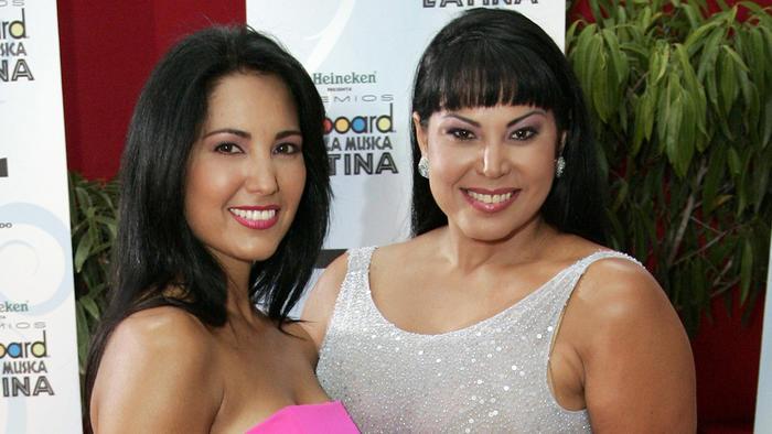Lilibeth y Liliana Rodríguez acuden a la conferencia de los Premios de Billboard de Música Latina en 2006