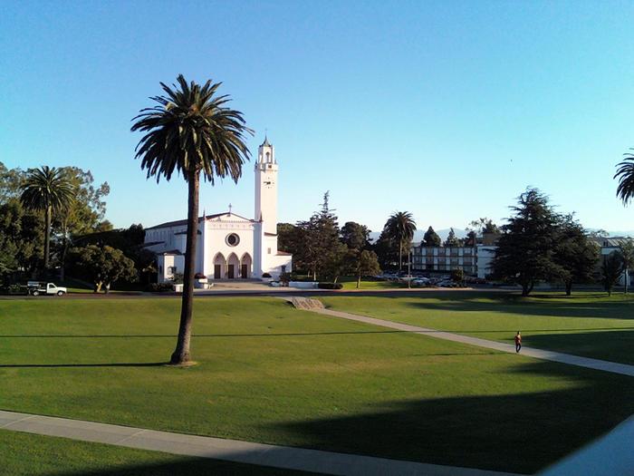 La Universidad de Loyola Marymount en Los Ángeles, en noviembre de 2008.