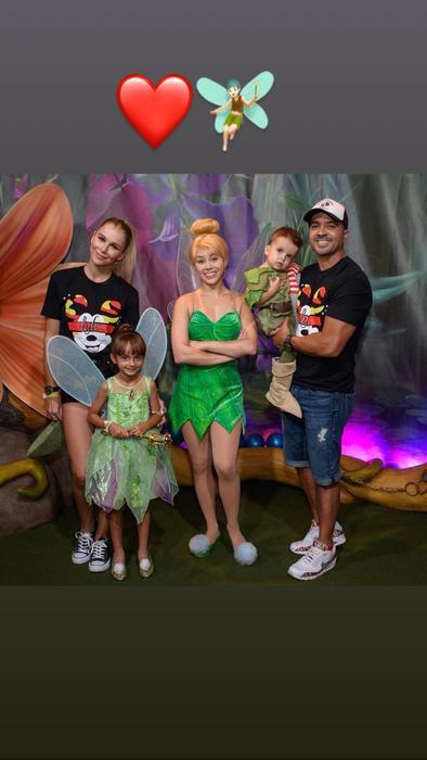 Luis Fonsi y su familia