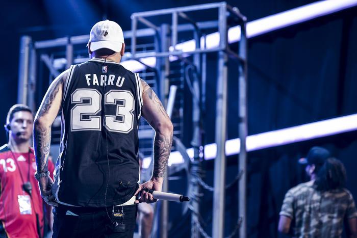 Farruko - Ensayos Premios Tu Mundo 2016