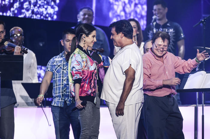 Paty Cantú y Juan Gabriel ensayos Premios Billboard 2016