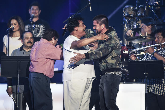 Juanes y Juan Gabriel ensayos Premios Billboard 2016