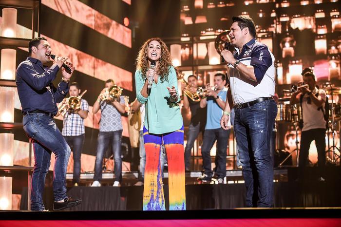 Lucero y Banda MS de Sergio Lizárraga ensayos Premios Billboard 2016