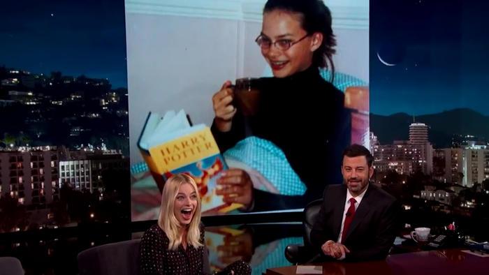 Margot Robbie comparte la foto más vergonzosa de su adolescencia