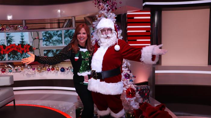 María Celeste Arrarás con Santa Claus
