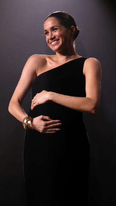 Meghan Markle luce embarazo