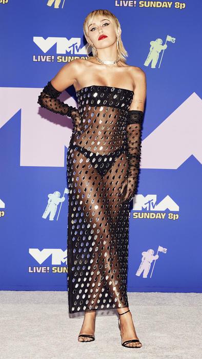 Miley Cyrus MTV VMAs 2020