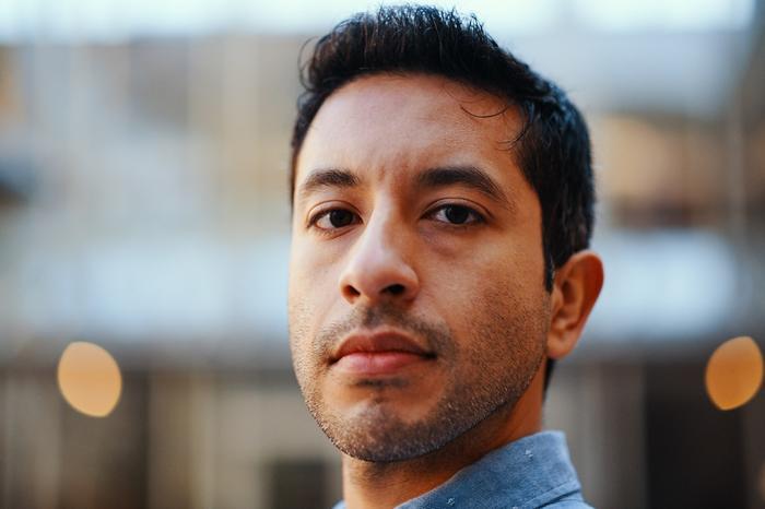 El dreamer mexicano, Moisés Serrano, escribió la canción y guion del video musical sobre los dreamers para el grupo Che Apalache para narrar su historia y la de millones de jóvenes indocumentados