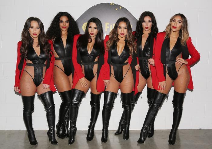 The Most Bad Ones, bailarinas de Pitbull