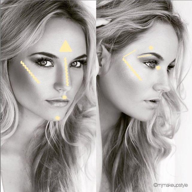 Mujer con puntos de iluminador