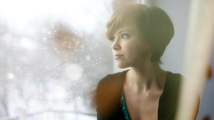 mujer en ventana