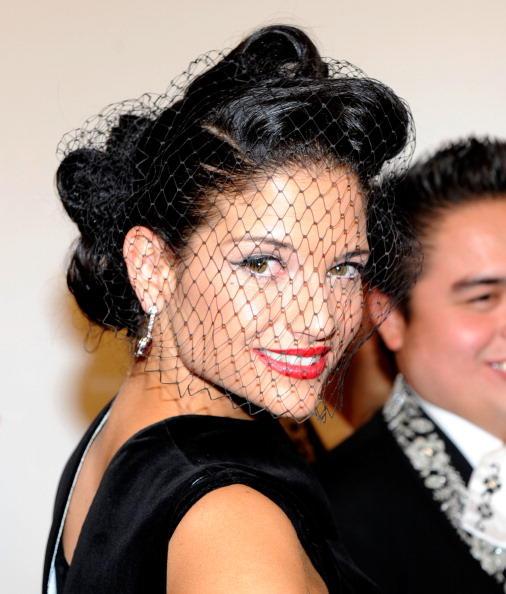 Natalia Jiménez, gala en honor de Plácido Domingo, 2010 - con sombrero negro