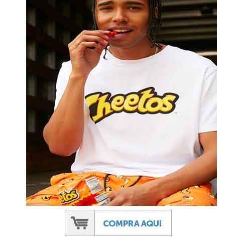 Chico con camisa y pantalón de Cheetos