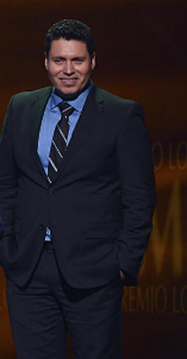 Oswaldo Silvas Carreón Premios Tu Mundo 2015