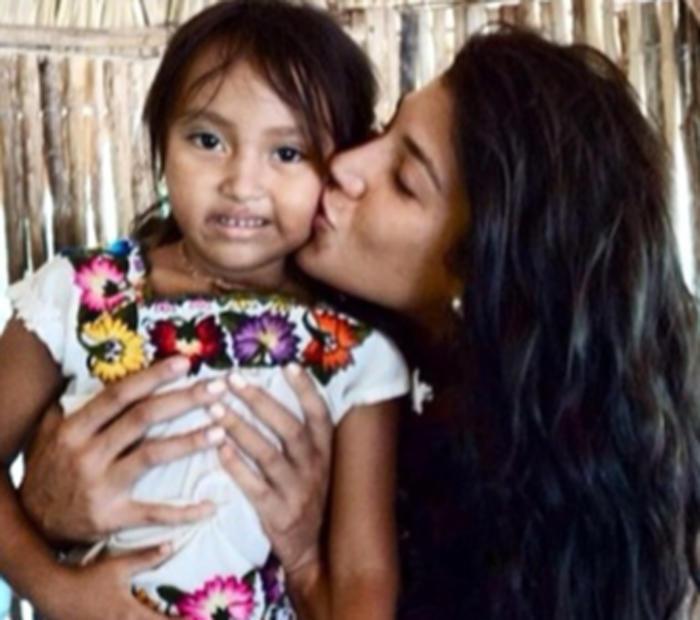 Fundación Por Amor a Jesus Andrea Tankovitz 2015