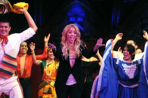 Presentación de Shakira en los Grammys 2011
