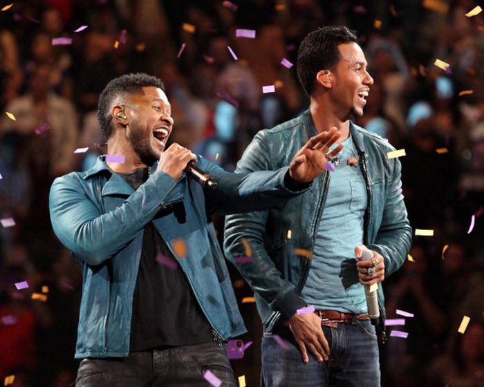 Romeo Santos y Usher en el Madison Square en Nueva York Febrero 2012