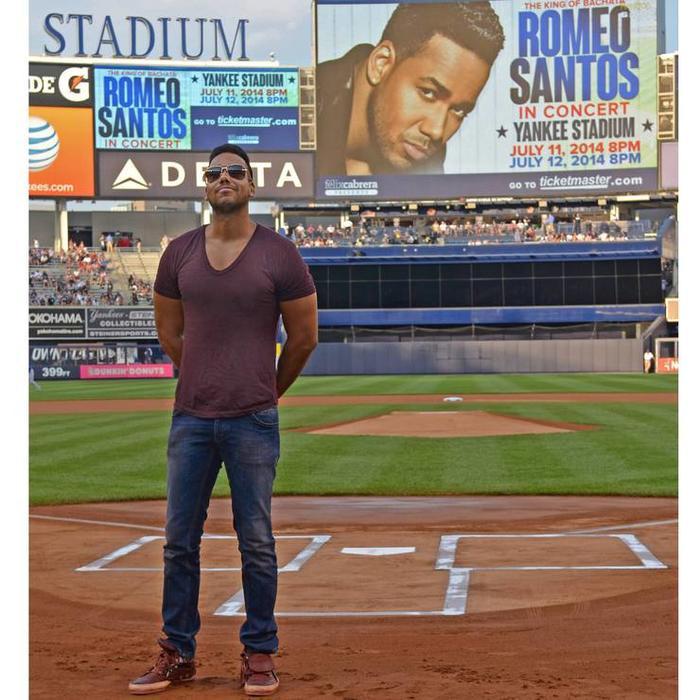 Romeo Santos en el Yankee Stadium en 2014