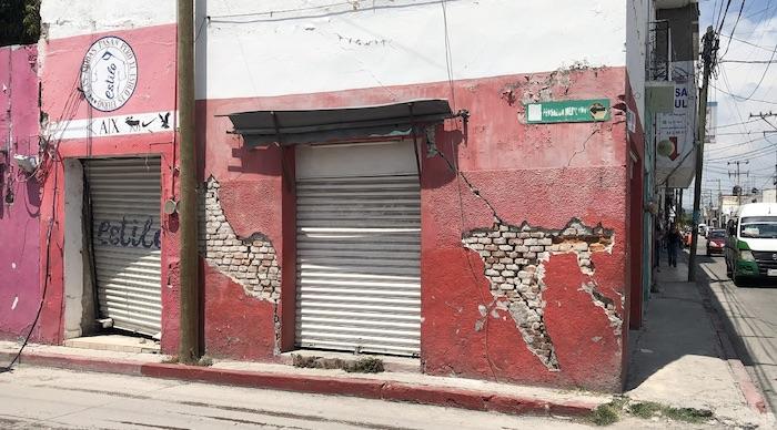 Un comercio cerrado tras el 19 de septiembre de 2017.