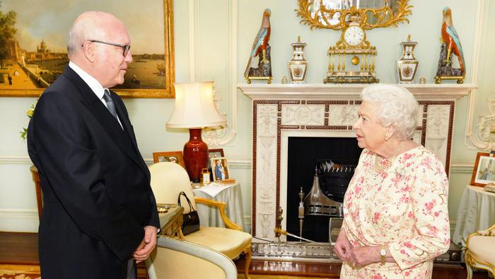 Reina Elizabeth en el palacio de Buckingham