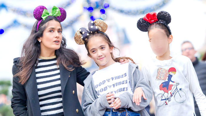 Salma Hayek con su hija