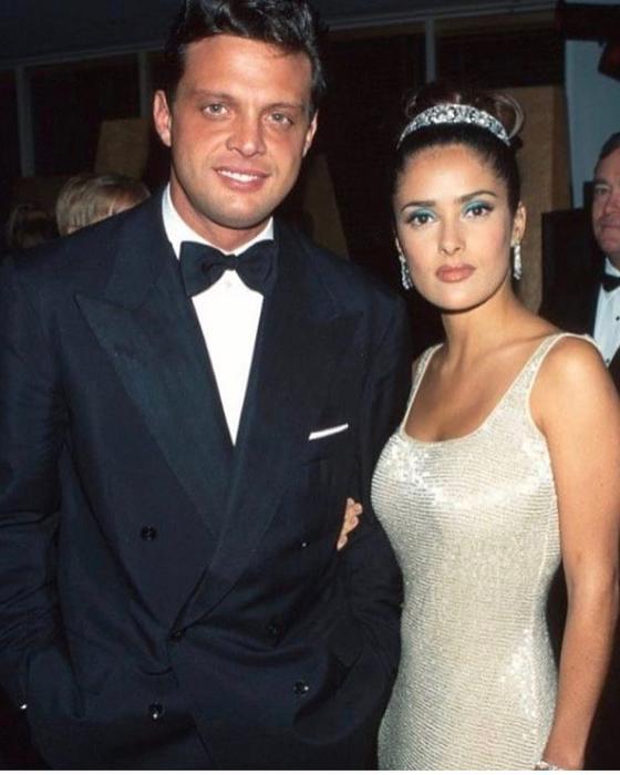 Luis Miguel y Salma Hayek en los Oscars