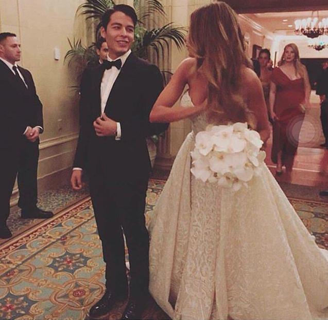 Sofía Vergara y su hijo Manolo en la boda de la actriz