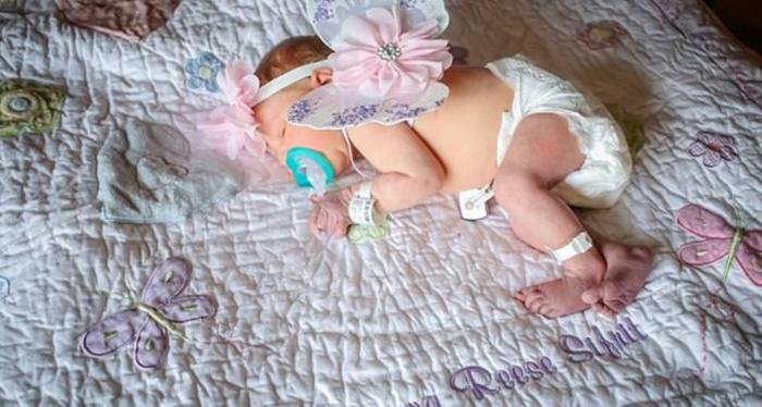 Mariana, una niña recién nacida