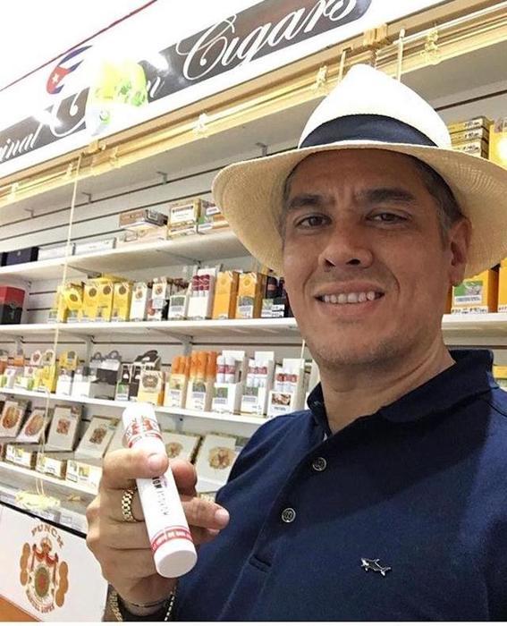 Los puros y los Rolex que el magistrado Adolfo Eduardo Serrano Ruiz presume en redes le valieron un apodo: #LordMinistro.