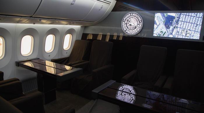 Interior del avión presidencial de México